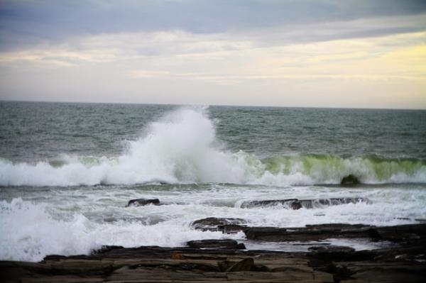 Maine, storm, waves, hurricane, Maine photographer, Maine photography, Maine coast, Nanette Faye Photography
